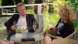 Paul Robinson, Jane Harris in Neighbours Episode 7832