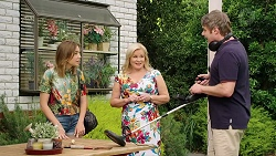 Piper Willis, Sheila Canning, Gary Canning in Neighbours Episode 7834