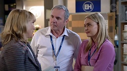Rita Newland, Karl Kennedy, Xanthe Canning in Neighbours Episode 7834