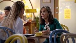Chloe Brennan, Fay Brennan in Neighbours Episode 7838