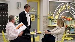 Karl Kennedy, Paul Robinson, Rita Newland in Neighbours Episode 7838