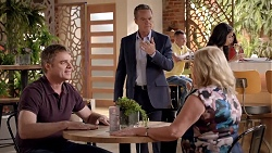 Gary Canning, Paul Robinson, Sheila Canning in Neighbours Episode 7839