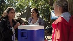 Yashvi Rebecchi, Dipi Rebecchi, Xanthe Canning in Neighbours Episode 7841