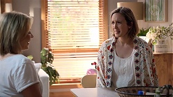 Steph Scully, Sonya Mitchell in Neighbours Episode 7842