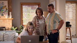 Steph Scully, Sonya Mitchell, Toadie Rebecchi in Neighbours Episode 7842