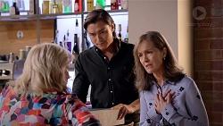 Sheila Canning, Leo Tanaka, Fay Brennan in Neighbours Episode 7843