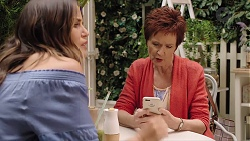 Elly Conway, Susan Kennedy in Neighbours Episode 7846