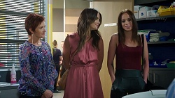 Susan Kennedy, Elly Conway, Bea Nilsson in Neighbours Episode 7847