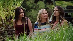 Bea Nilsson, Xanthe Canning, Elly Conway in Neighbours Episode 7847