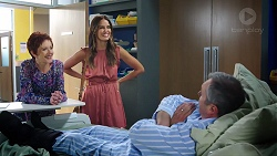 Susan Kennedy, Elly Conway, Karl Kennedy in Neighbours Episode 7847