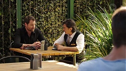 Shane Rebecchi, Leo Tanaka in Neighbours Episode 7854