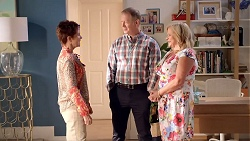 Susan Kennedy, Clive Gibbons, Sheila Canning in Neighbours Episode 7855