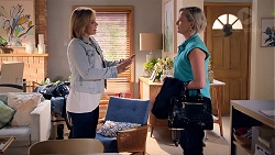 Steph Scully, Philippa Hoyland in Neighbours Episode 7858