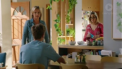 Steph Scully, Charlie Hoyland, Sonya Mitchell in Neighbours Episode 7859