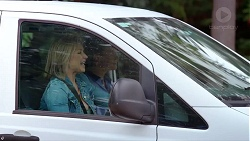 Steph Scully, Charlie Hoyland in Neighbours Episode 7859