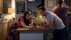 Dipi Rebecchi, Aaron Brennan in Neighbours Episode 7860