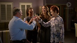 Karl Kennedy, Bea Nilsson, Elly Conway, Susan Kennedy in Neighbours Episode 7862