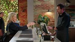 Sheila Canning, Shane Rebecchi in Neighbours Episode 7865