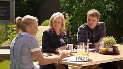 Xanthe Canning, Sheila Canning, Gary Canning in Neighbours Episode 7866