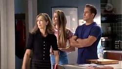 Fay Brennan, Chloe Brennan, Aaron Brennan in Neighbours Episode 7866