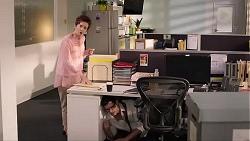 Susan Kennedy, Finn Kelly in Neighbours Episode 7866