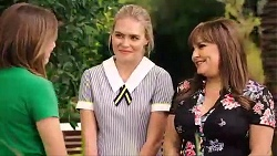 Piper Willis, Xanthe Canning, Terese Willis in Neighbours Episode 7866