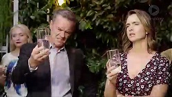 Paul Robinson, Amy Williams in Neighbours Episode 7869