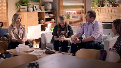 Sindi Watts, Willow Bliss, Toadie Rebecchi, Sonya Mitchell in Neighbours Episode 7873
