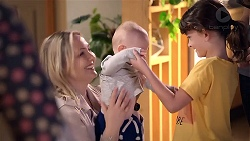 Sindi Watts, Hugo Somers, Nell Rebecchi in Neighbours Episode 7873