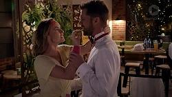 Amy Williams, Mark Brennan in Neighbours Episode 7875