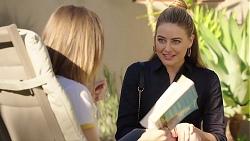 Piper Willis, Chloe Brennan in Neighbours Episode 7880