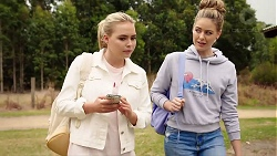 Xanthe Canning, Chloe Brennan in Neighbours Episode 7881