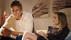 Cassius Grady, Piper Willis in Neighbours Episode 7881