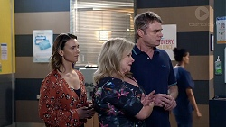 Amy Williams, Sheila Canning, Gary Canning in Neighbours Episode 7882