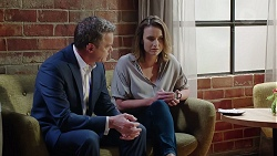 Paul Robinson, Amy Williams in Neighbours Episode 7883