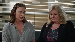 Amy Williams, Sheila Canning in Neighbours Episode 7883