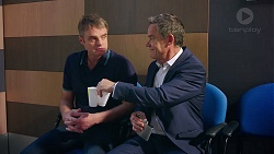 Gary Canning, Paul Robinson in Neighbours Episode 7883