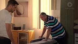 Mark Brennan, Karl Kennedy in Neighbours Episode 7885