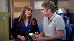 Terese Willis, Gary Canning in Neighbours Episode 7885