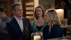 Paul Robinson, Amy Williams, Sindi Watts in Neighbours Episode 7886