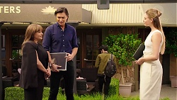 Terese Willis, Leo Tanaka, Chloe Brennan in Neighbours Episode 7888