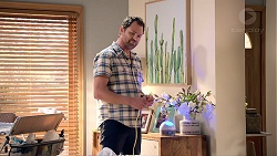 Shane Rebecchi in Neighbours Episode 7888