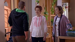 Toadie Rebecchi, Susan Kennedy, Sonya Rebecchi in Neighbours Episode 7889