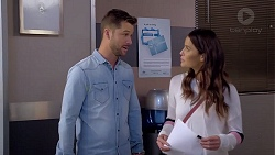Mark Brennan, Elly Conway in Neighbours Episode 7889