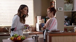 Elly Conway, Susan Kennedy in Neighbours Episode 7889