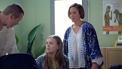 Toadie Rebecchi, Willow Bliss, Sonya Mitchell in Neighbours Episode 7892