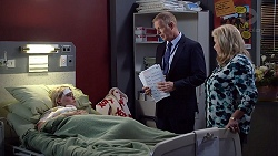 Xanthe Canning, Clive Gibbons, Sheila Canning in Neighbours Episode 7893
