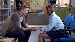 Cassius Grady, Piper Willis in Neighbours Episode 7894