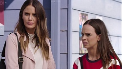 Elly Conway, Bea Nilsson in Neighbours Episode 7895