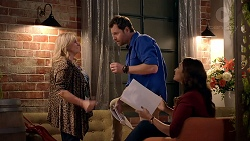 Sheila Canning, Gary Canning, Dipi Rebecchi in Neighbours Episode 7898